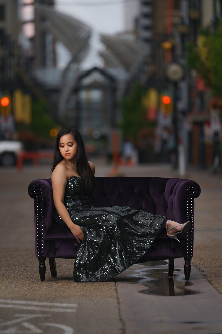 grad photo on stephen avenue with purple couch